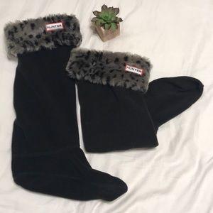 Hunter faux fur leopard wellie sock size medium